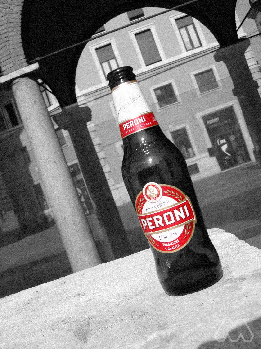Birra Peroni abbandonata